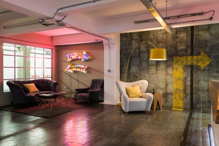 Feed communications office by thirdway interiors london for Retail interior design agency london