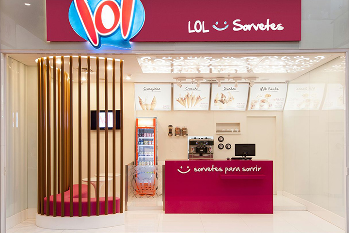 Lol Ice Cream Store By Theroom Arquitetura Design Uberlândia Brazil