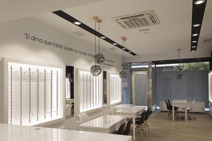 6507f6ca93ca6 » Óculos Óptica by La i design, Vigo – Spain