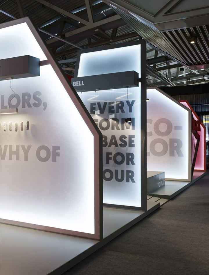 Onok stand at light building by masquespacio frankfurt germany for Stand expo deco