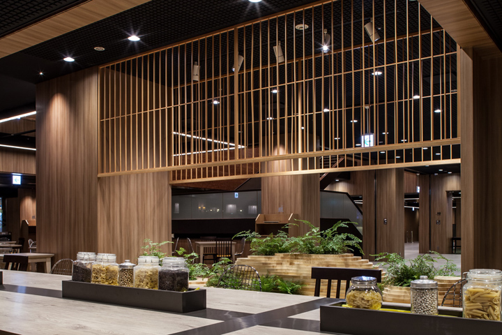 Shinjuku prince hotel by cl3 architects tokyo japan for Design hotel japan