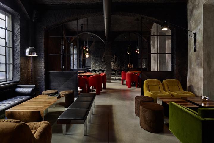 Dash Kitchen restaurant by Fabio Fantolino  Turin   Italy. Dash Kitchen restaurant by Fabio Fantolino  Turin   Italy   Retail