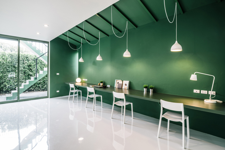 Green office Pink Thai Tv Production Office green 26u2032 Received Full Renovation By Architect Anonym Located In Townhome bangkok Anonym Created Contrasting Green And Retail Design Blog Green 26 Tv Production Office By Anonym Bangkok Thailand