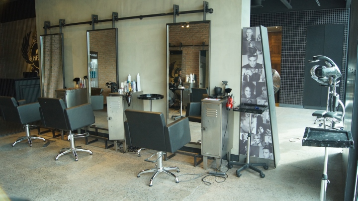 My head hair salon by dise o imagen santiago chile - Salon diseno ...