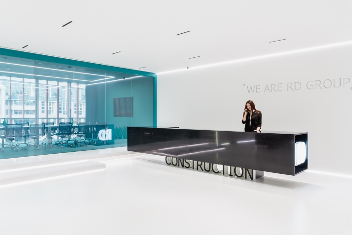 Rd construction office by ind office moscow russia for Office interior contractor