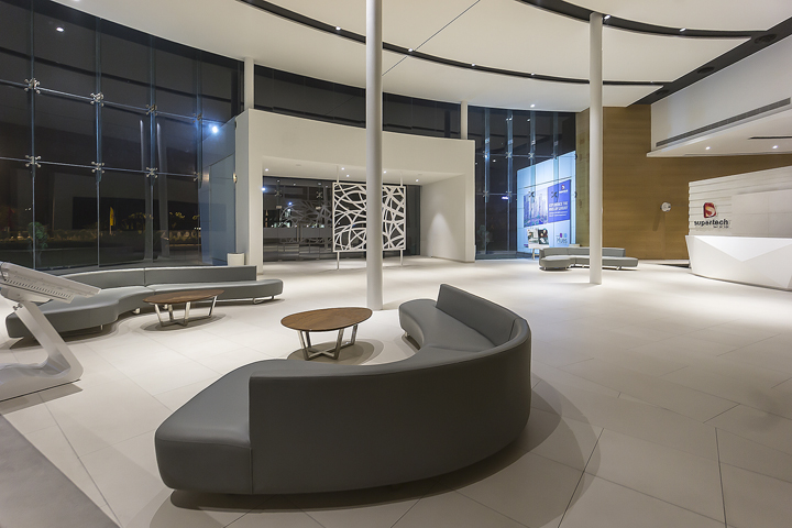 187 Supertech Hues Sales Office By The Blue Leaves Design