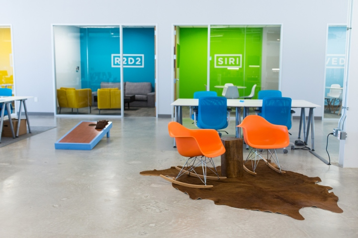 chive austin office. Favor Employees Helped To Hand Select And Design Every Piece Of Furniture Fixture In The Office, While Music Fills Common Areas With An Employee Chive Austin Office N
