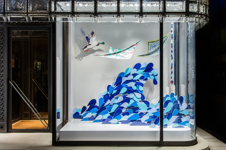 Herm s retail design blog for Window design visual merchandising