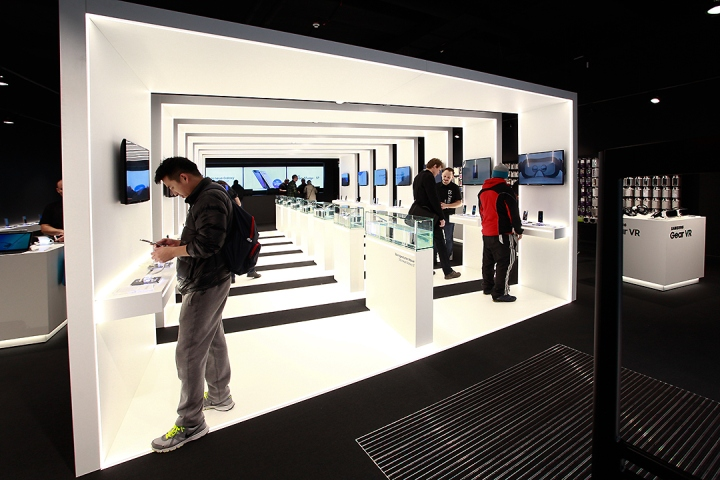 187 Samsung Pop Up Store By Cheil Germany Frankfurt Germany