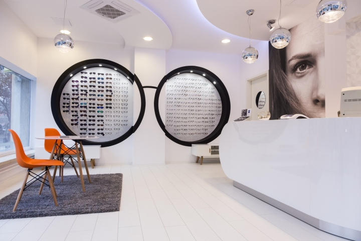 Minimal colours and circle forms were designed in the parlour. White high  gloss furniture elements and silver geometric wallpaper turn up with  popping ... a8a990b5ee