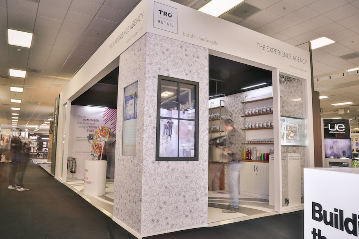 Tro the sweet shop stand at retail design expo london for Office design expo
