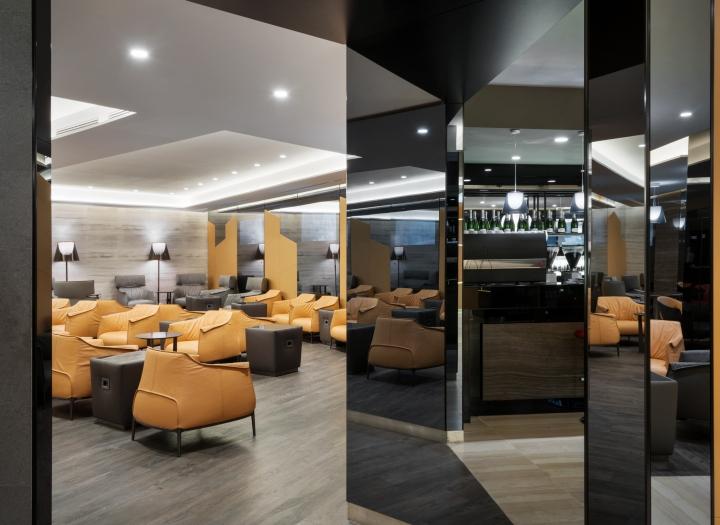 Casa alitalia lounges by studio marco piva rome milan for Casa design roma