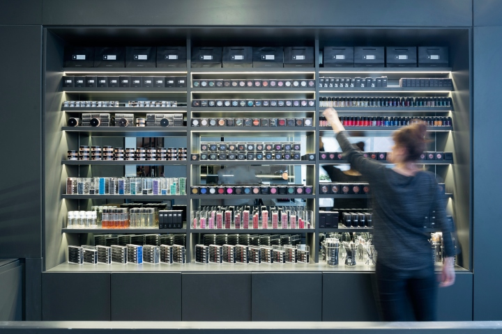IL MAKIAGE store & Academy by OMY design, Beer Sheva – Israel ...