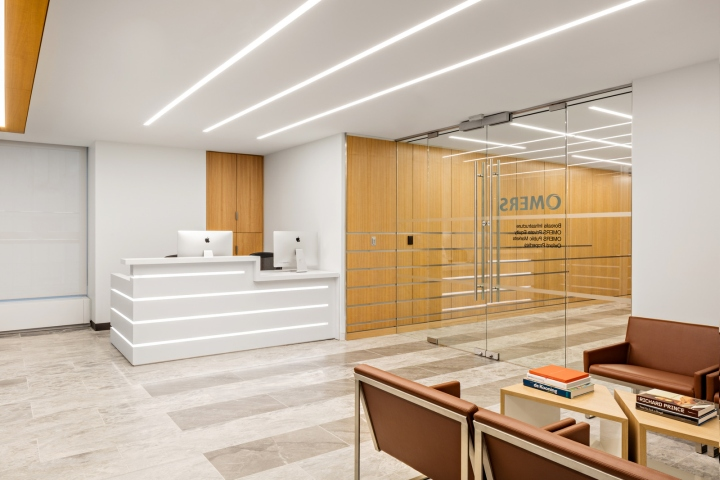 Spector Group has designed the offices of pension fund Omers located in New  York City. Looking to increase connectivity and provide a fresh aesthetic e9da390173021