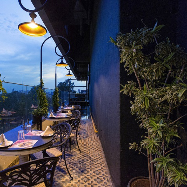 Salt Restaurant, Bar & Grill By Choreography Of Spaces