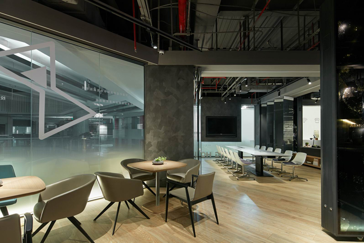 Timing home experience center by peng zheng design for Commercial space design