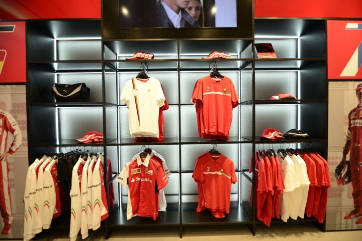a2d64b1d24e2cd Ferrari flagship store by Massimo Iosa Ghini studio   Umdasch ...
