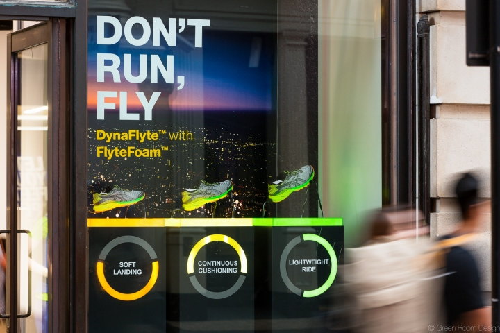 Asics dynaflyte campaign by green room design retail for Green room retail