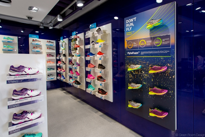 """To inspire customers to imagine that this running shoe makes them run  faster  to make them feel like they could fly"". Bring the campaign to life  at retail ... c627edc7c956"