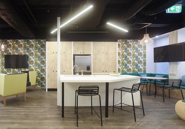 Amicus interiors offices brisbane australia retail for Office design brisbane