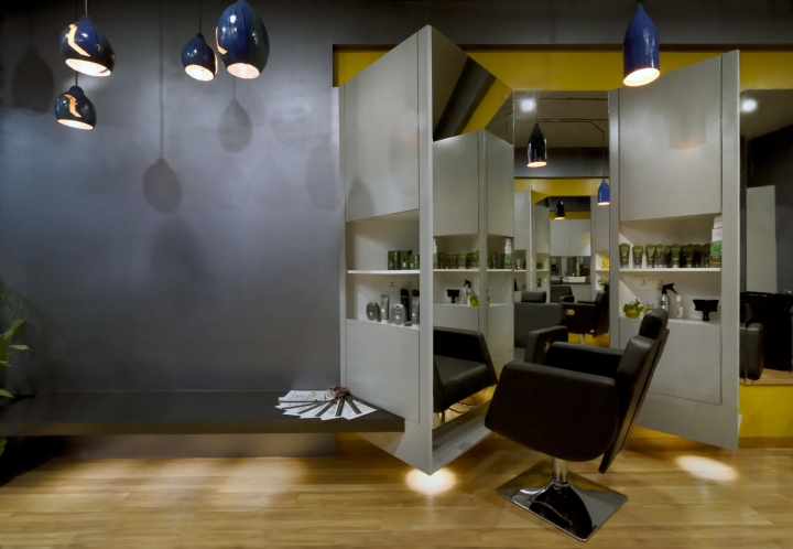 Cutting Edge Unisex hair studio by The Crossboundaries, Vadodara ...