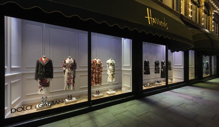 187 Harrods Superbrand Mannequins By Global Display London Uk