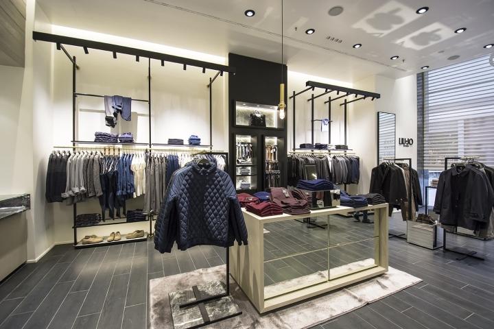 big sale 1275e de126 Liu Jo Uomo premium in IKEA dept store by Christopher Ward ...
