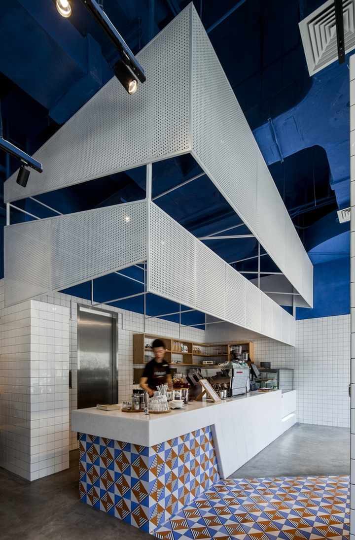 Paras cafe by the swimming pool studio shanghai china for Pool design blog