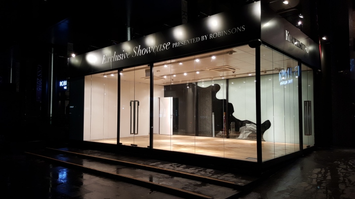 robinsons glasshouse pop up concepts by kingsmen projects singapore retail design blog. Black Bedroom Furniture Sets. Home Design Ideas