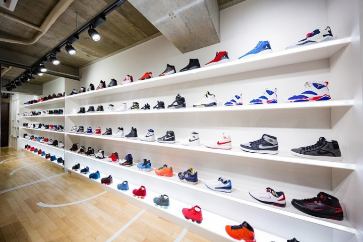 another chance ddc24 cd77e The Tokyo 23 store predominantly stocks Nike Jordan shoes, and it has  kicked off operations with the eagerly anticipated release of the Air Jordan  1 Retro ...