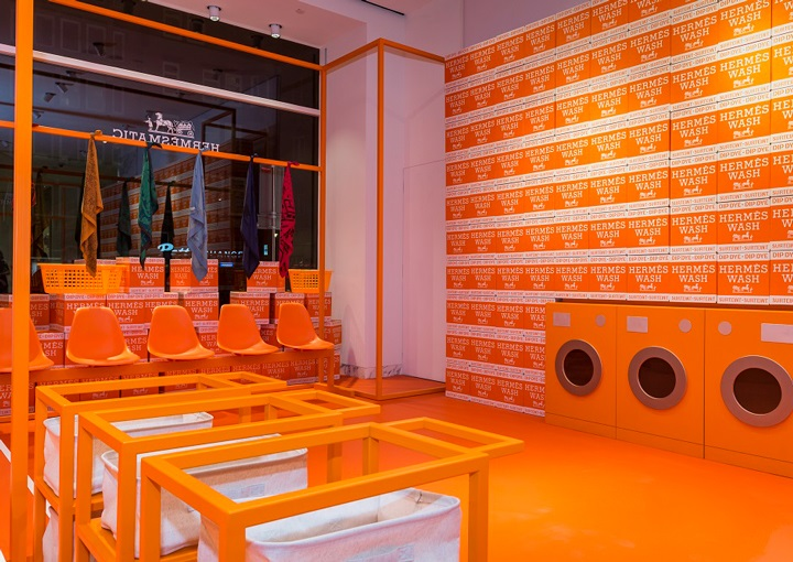 92e2efc1b8d9 Such a temporary venue has just opened at De Bijenkorf department store in  Amsterdam, replete with all the prerequisite machinery in an orange-infused  ...