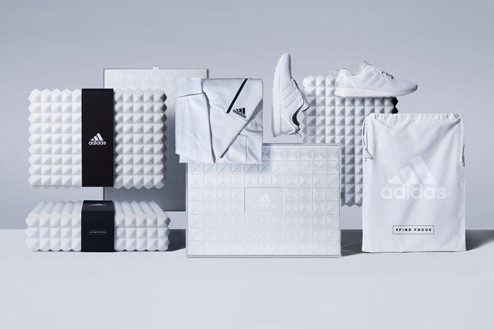 premio imballaggi per adidas athletics dalla colt