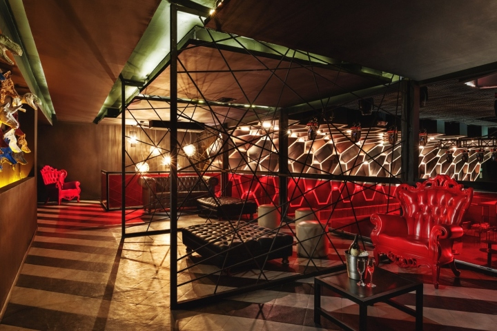 Light club by tamen arq hermosillo mexico retail design blog - Licht nightclub ...
