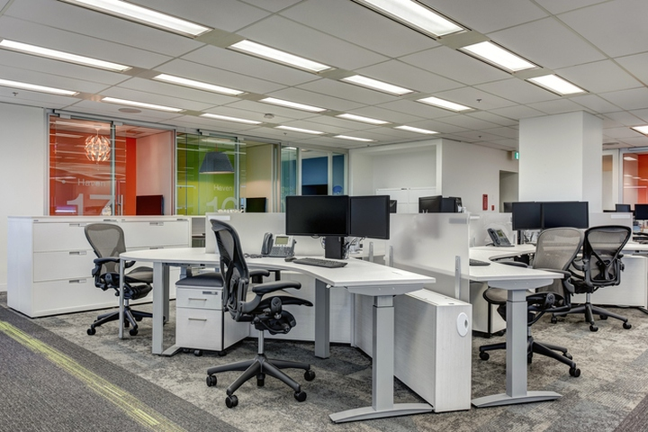 Meridian credit union offices by bullock wood design for Well designed office spaces