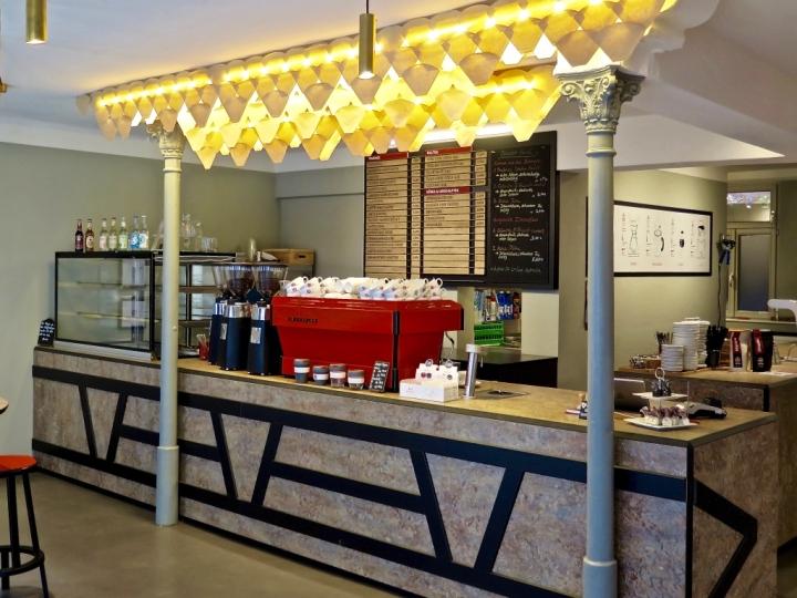 R sttrommel coffee shop by neoos design erlangen for Design shop deutschland