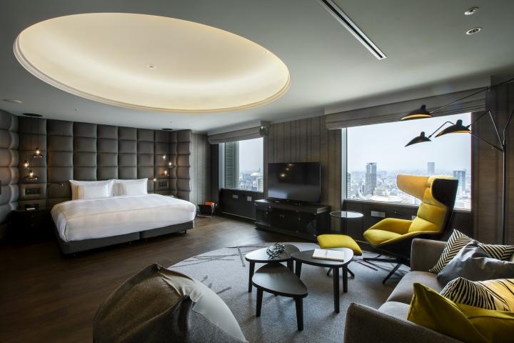Swissotel nankai hotel by design studio crow osaka for Hotel design studio