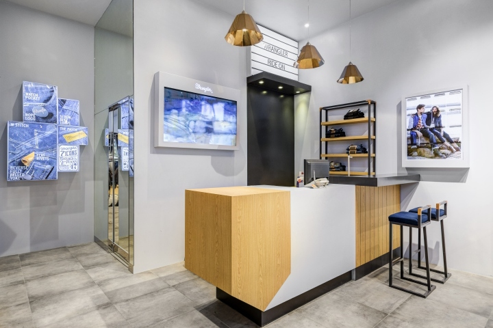3fe60d0d Wrangler has unveiled a revamped Asia Pacific retail platform designed in  collaboration with UXUS. The new experience was rolled out in key markets,  ...