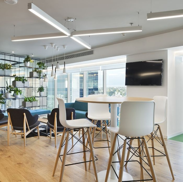 Bayer Office By Contract Workplaces, Montevideo