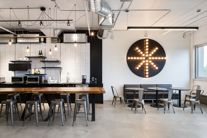Camden offices by inside studio montreal canada for Designer interieur montreal