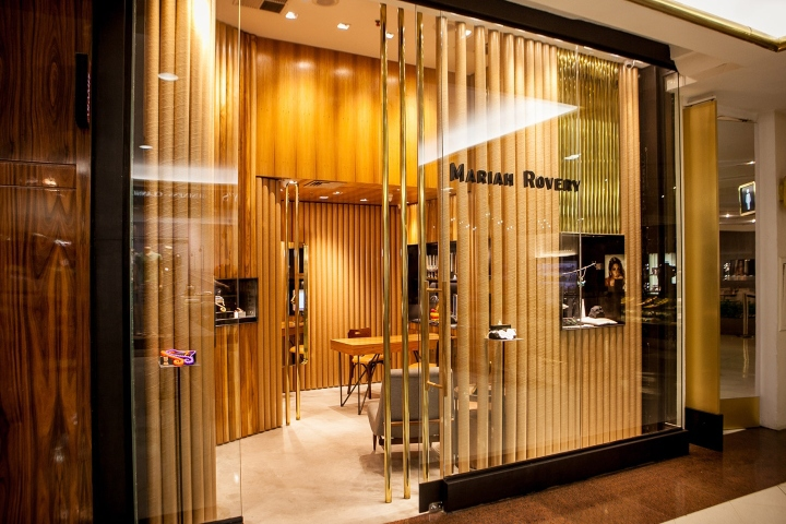 Mariah Rovery Jewelry Store By Estúdio Chao São Paulo Brazil Unique Jewelry Store Interior Design Plans