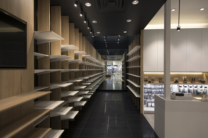 187 Pedica Cobbler Comfort Shoe Store By Abnorm Studio