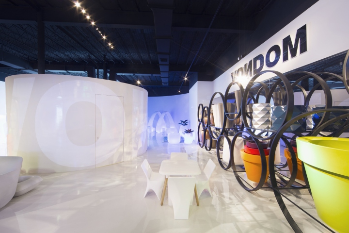 First New York Then Los Angeles And Now Miami In December 2016 Vondom Launches The Brand Flagship Store District Of Wynwood Thus Asserting