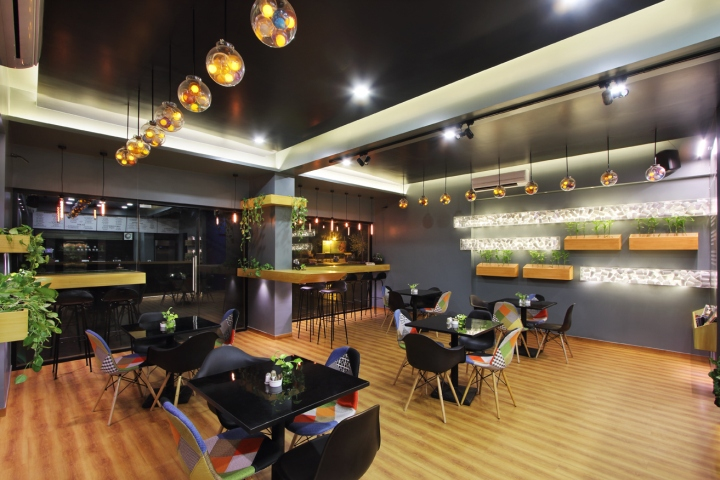 Freshco The Health Cafe By The Crossboundaries Vadodara