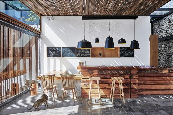 Munwood lakeside design hotel by init design office dali for Lakeside designs