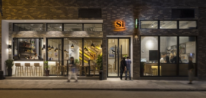 Simply italian restaurant by 5 star plus retail design for Front street home designs