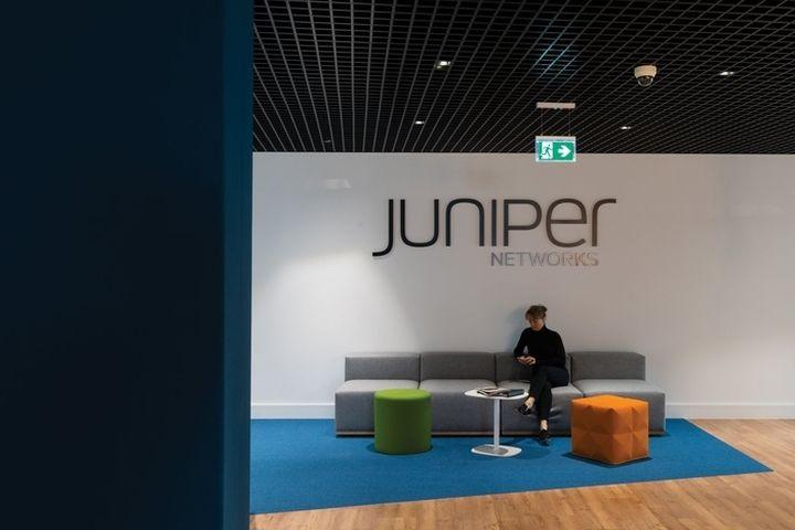 Juniper fo Platform. Copyright Jim Stephenson, 2016