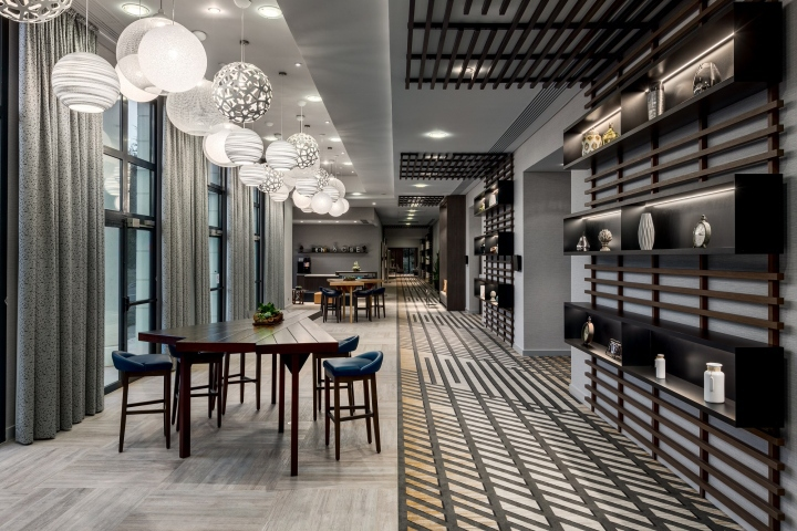 Marriott charles de gaulle by virserius studio paris for Design hotels france