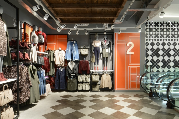 Primark Unveiled Their First Flagship Store In Amsterdam December 2016 With Interiors Designed By London Based Design Studio HMKM