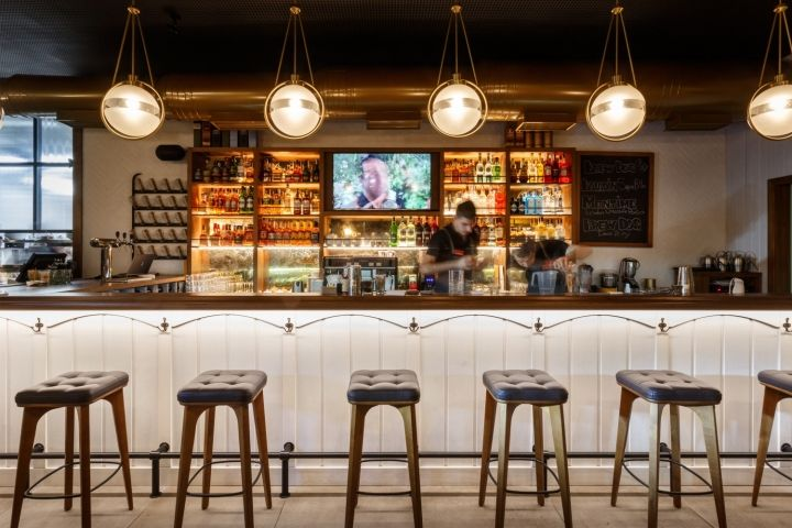 Roadhouse restaurant by Circle Line Interiors, Kamianske – Ukraine ...