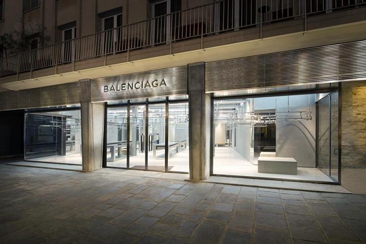 50d333493ff6c Balenciaga store by Gonzalez Haase